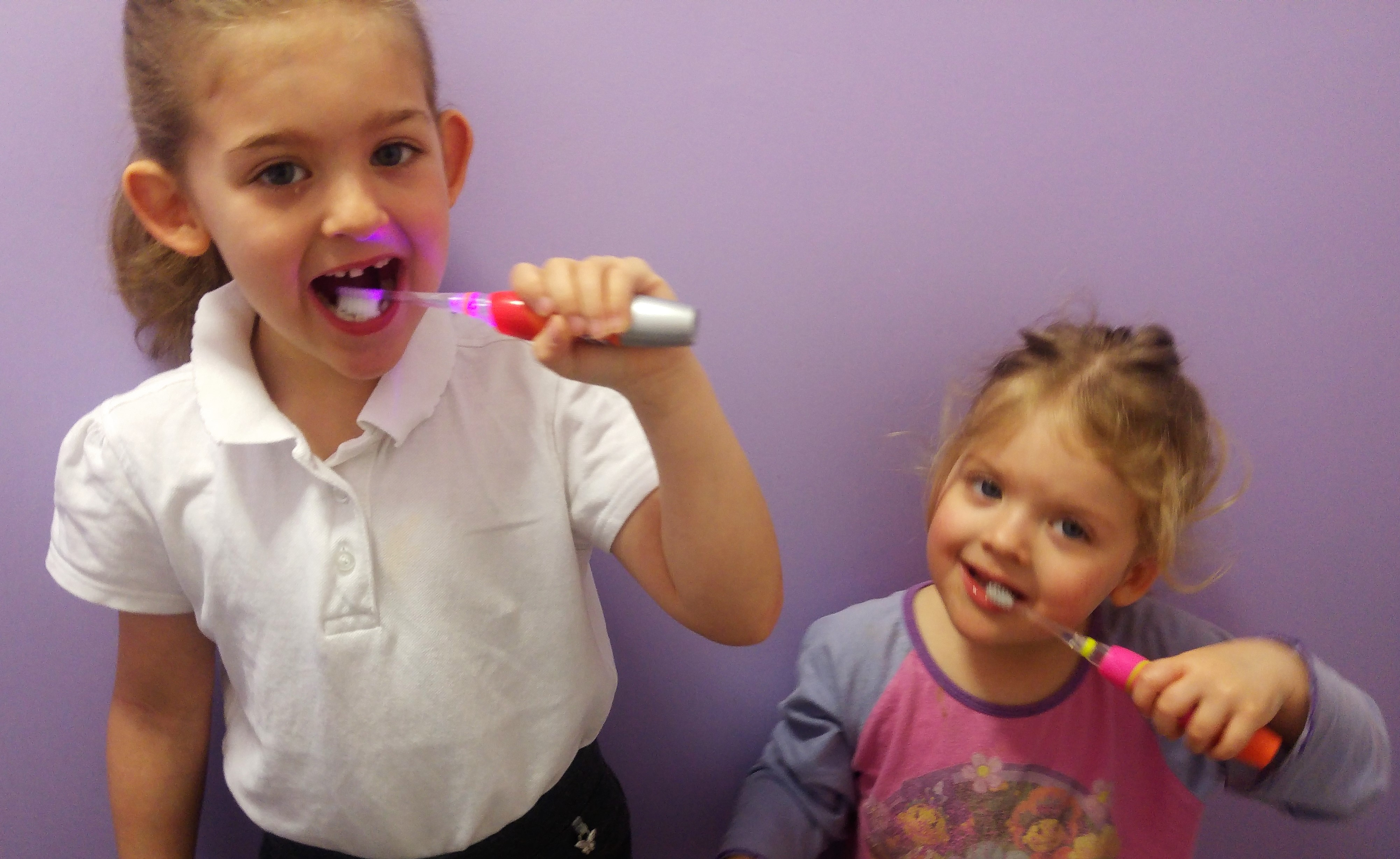 Tooth brushing fun with brush-baby